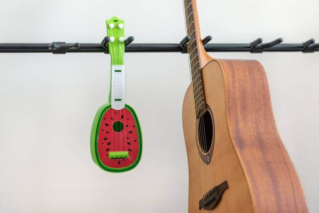 best guitar stand buying guide